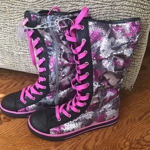 Shoes - Sequined high tops
